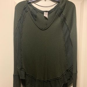 "FREE PEOPLE ""we the free"" soft thermal top!!"
